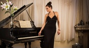 Уроки игры на фортепиано для любого возраста с нуля .